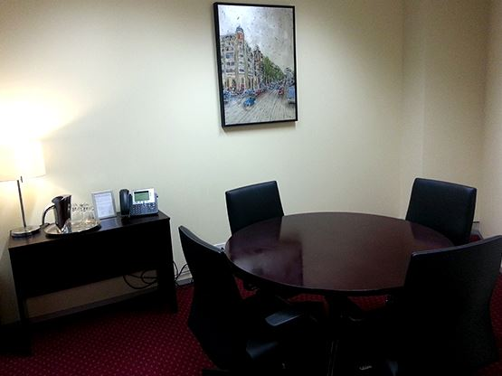 gateway-sydney-meeting-room-555x416.jpg