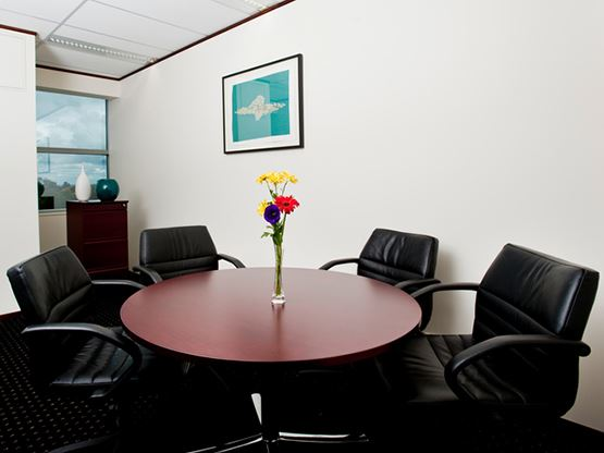 nexus-norwest-sydney-meeting-room-555x416.jpg