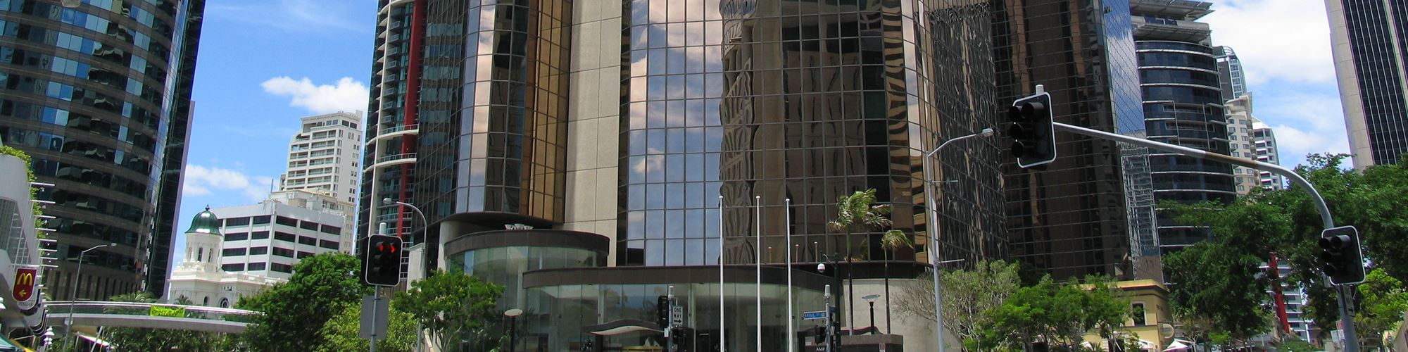banner-10-eagle-street-brisbane-building-entrance-1.jpg