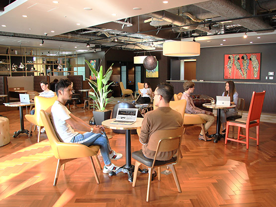 Virtual Office coworking lounge in Honmachi Garden City