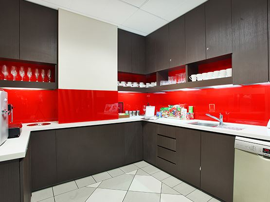 kitchen-555x416-vero-auckland.jpg