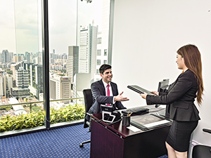 office-with-client-capitagreen-singapore-300x225.png