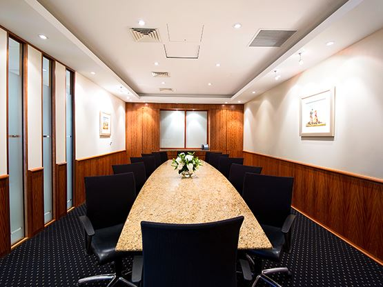 amp-tower-perth-boardroom-555x416.jpg